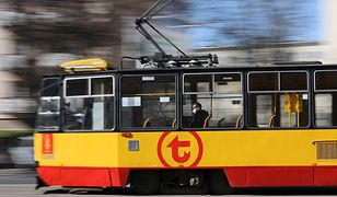 W wyniku zdarzenia wystąpiły utrudnienia w ruchu tramwajów.