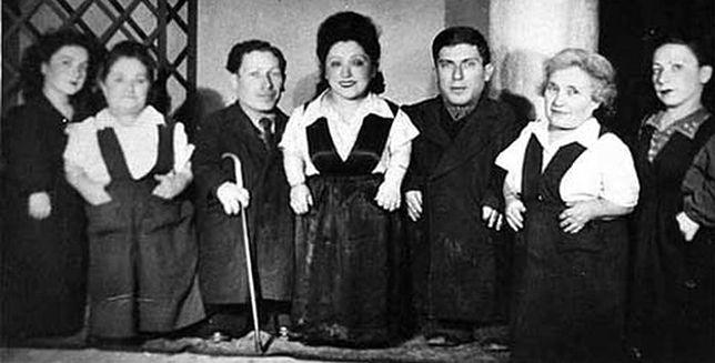 Ovitzowie - niezwykła historia karłów z Auschwitz