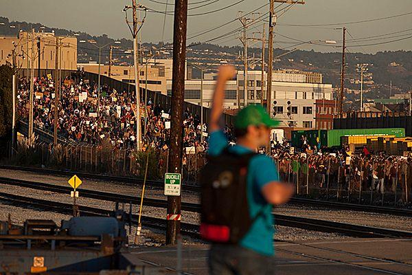 Demonstranci unieruchomili port w Oakland