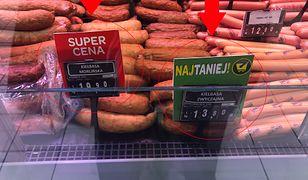 """13,80 zł za 1 kg """"zwyczajnej"""". Sprawdziłam, co kryje się w tanich kiełbasach z supermarketów"""