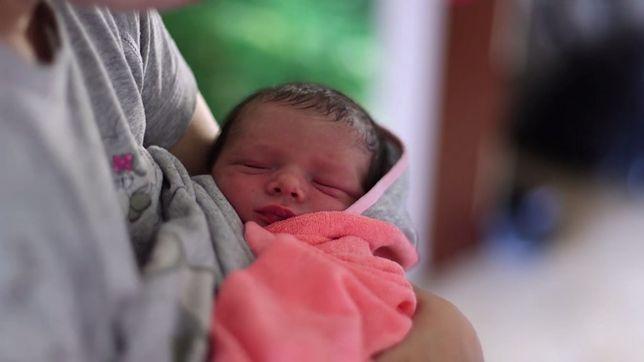 Ich syn urodził się 3 tygodnie przed terminem. Poród w domu odebrał tata