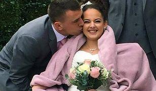 Martine i Christopher w dniu ślubu promienieli