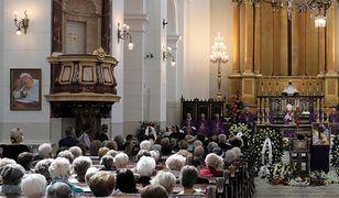 Czerwona strefa w Warszawie. Zmiana liczby osób mogących uczestniczyć w nabożeństwach kościelnych