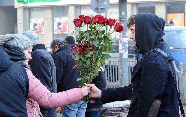 Walentynki to jeden wielki biznes. Na rynku znalazło się miejsce nawet dla wypożyczalni kwiatów