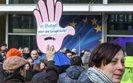 Eurokraci strajkują przeciw cięciom w administracji