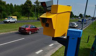 Żółty fotoradar