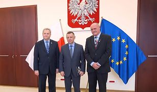 """Marian Banaś """"zasłużony dla KPN"""". Prezes NIK przyjął odznaczenie"""