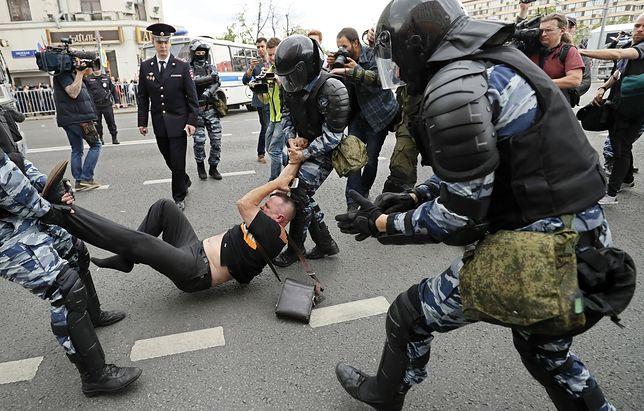 """""""Putin - złodziej!"""". Protesty w całej Rosji, setki zatrzymanych"""