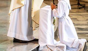 Coraz więcej rodziców nie chce posyłać dzieci do Komunii Świętej