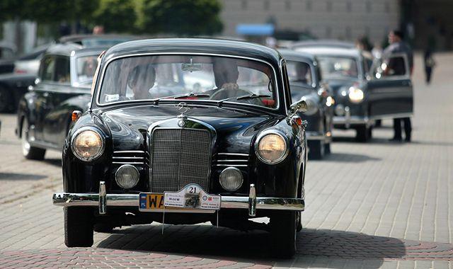Pojazd zabytkowy: stare auto nie musi być ciężarem