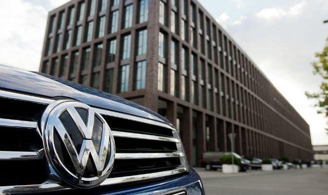 VW obiecał naprawę w UE swoich oszukujących aut z silnikiem Diesla
