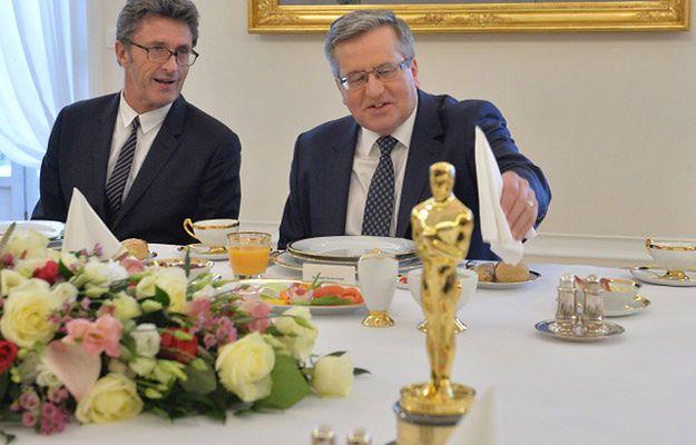 """Komorowski o """"Idzie"""": dobry film poznaje się po tym, że wywołuje dyskusję"""