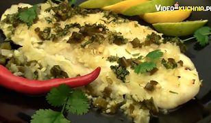 Ryba z piekarnika z aromatycznymi dodatkami