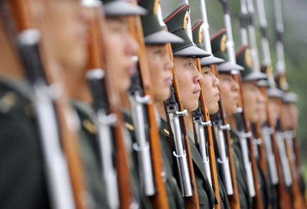 IHS Jane's szacuje, że do 2015 roku wydatki chińskiej armii podwoją się