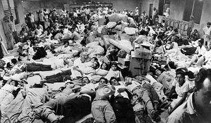 Uchodźcy z Hondurasu w salwadorskim mieście San Miguel, 7 lipca 1969 r. Salwadorczycy mieszkający w Hondurasie zostali zmuszeni do opuszczenia tego kraju