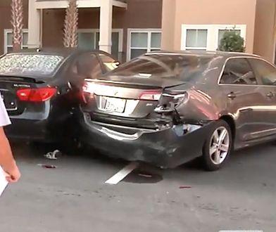 Zniszczone samochody w Orlando