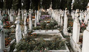 Zasiłek pogrzebowy zatrważająco niski. A ceny pogrzebów wciąż rosną