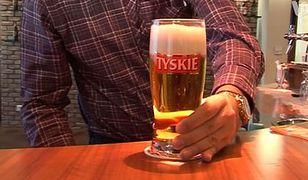 Ile jest chmielu w polskim piwie? Piwna wojna Palikota i browarów