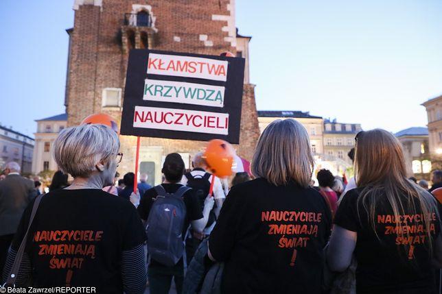 Strajk nauczycieli. Padły ostre słowa w studiu TVN