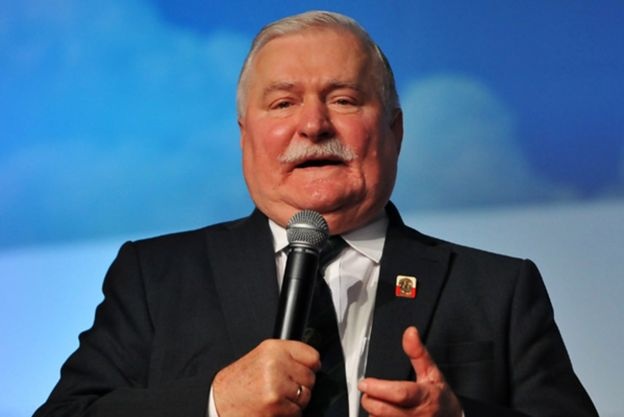 """Lech Wałęsa nie pojawi się na wiecu KOD w Gdańsku: będę tam sercem, ale nie ciałem. O dokumentach IPN powiedział, że """"nieźle je podrobili"""""""