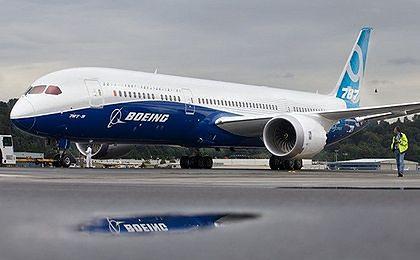 Oblodzenie silników Dreamlinera przyczyną awaryjnego lądowania