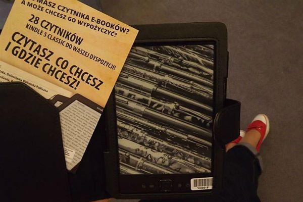 We wrocławskiej bibliotece można wypożyczyć czytnik e-booków