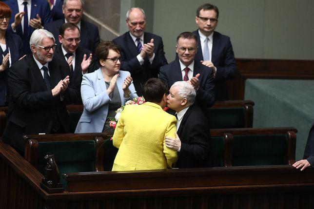 Beata Szydło unikała jasnych odpowiedzi na pytania o rekonstrukcję