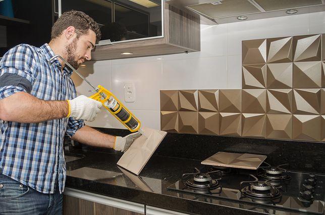 Panele dekoracyjne do kuchni bronią się nie tylko ciekawymi wzorami, ale również trójwymiarowymi formami