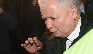 Jarosław Kaczyński odjechał z Nowogrodzkiej bez słowa