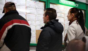 Rzeczywiste zarobki Polaków bardzo odbiegają od średniego wynagrodzenia. Ludzie marzą, by zarabiać 3,5 tys. zł