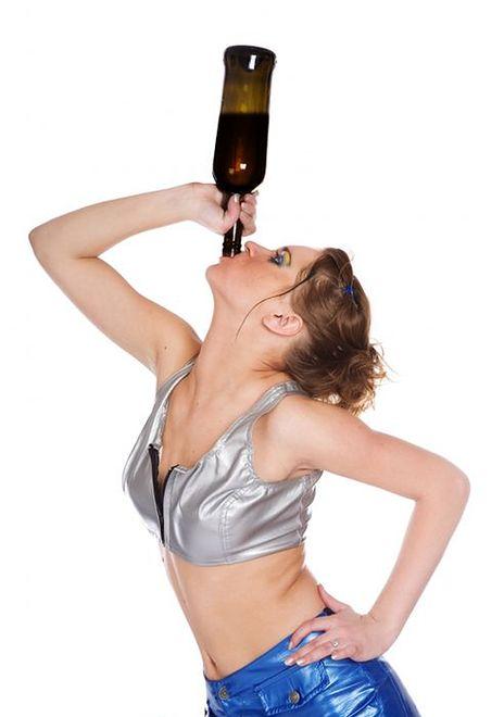 Dlaczego kobiety piją?