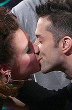BrzydUla całuje się z Markiem!