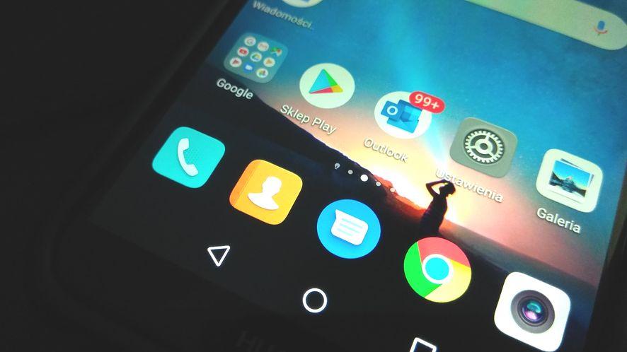 Google usunęło 85 niebezpiecznych aplikacji ze Sklepu Play. Pobrało je 8 milionów