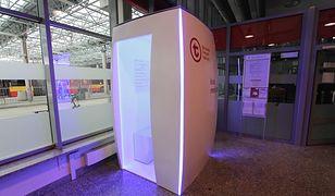 Warszawa. Kiosk telemedyczny na stacji Metro Młociny cieszy się dużą popularnością wśród pasażerów