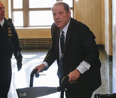 Grozi mu do 140 lat więzienia. Weinstein wypowiedział tylko jedno słowo