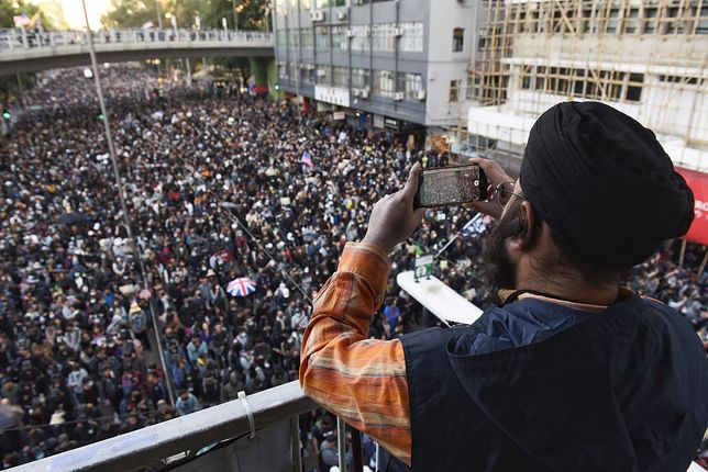 Hongkong. Największy protest od miesięcy. 800 tys. ludzi na ulicach, są aresztowani