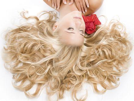 Sposób na blondynkę czyli jak rozjaśnić włosy