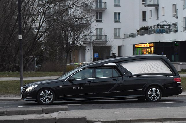 wPolityce.pl: bulwersujące odkrycie podczas ekshumacji ofiary katastrofy smoleńskiej. Prokuratura nie potwierdza