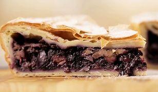 Francuskie ciasto wypełnione owocowym nadzieniem