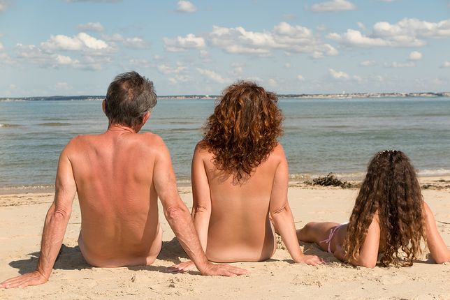 Nudyści na plaży – dlaczego wzbudzają tyle emocji?