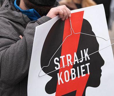 Strajk kobiet. Proboszcz z Czernikowa groził bronią protestującym i policjantom. Jest reakcja diecezji
