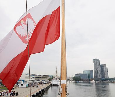 Obecnie trwają ostatnie czynności, aby jacht zakupiony przez PFN pływał pod polską banderą