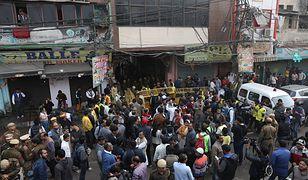 New Delhi. Trwa liczenie ofiar.