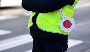 Włocławek. Policjant wyleciał ze służby przez intymne zdjęcia