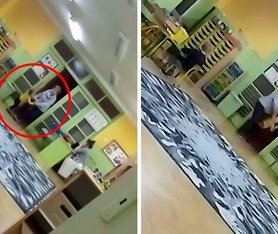 Przedszkole nr 22 w Łodzi. Na nagraniu widać, jak kobieta siłą każe dziecku zająć miejsce przy stole