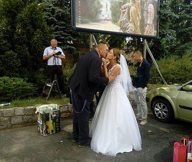 """Kolejny ślub wśród uczestników """"Rolnik suka żony"""""""