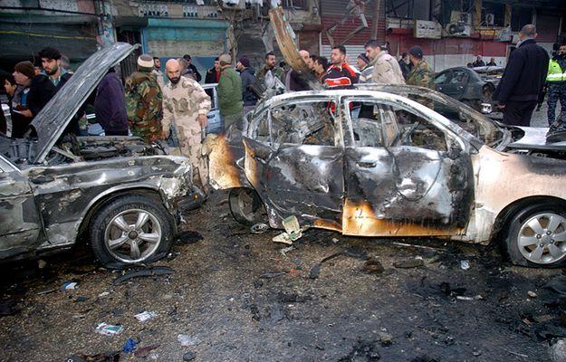 Co najmniej 19 zabitych w wybuchu samochodu pułapki na północy Syrii