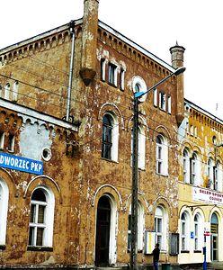 Przez lata dworzec w Jaworze straszył. Zmienił się nie do poznania