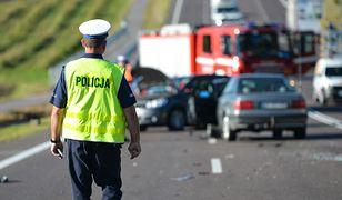Kielce. Wypadek za wypadkiem na S7. Ranni policjanci
