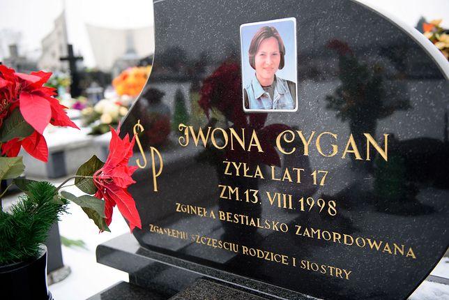 17-letnia Iwona Cygan ze Szczucina została uduszona 13 sierpnia 1998 r.